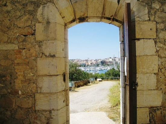La Garoupe Gardiole : Fort Carrere