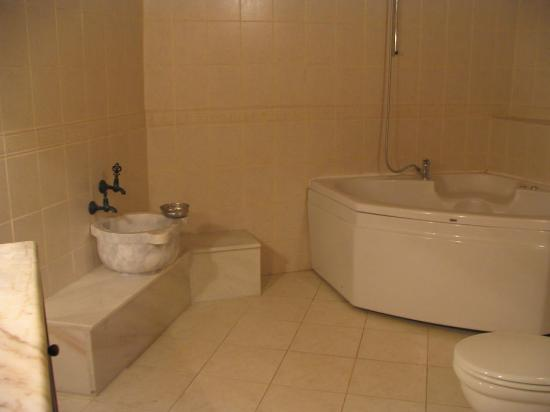 Kelebek Special Cave Hotel : nice bathroom