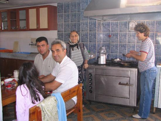 Hotel Nazar: the family
