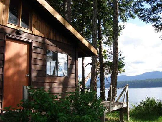 Pictures of Ford's Cove Marina Waterfront Cottages - Vancouver Island Photos