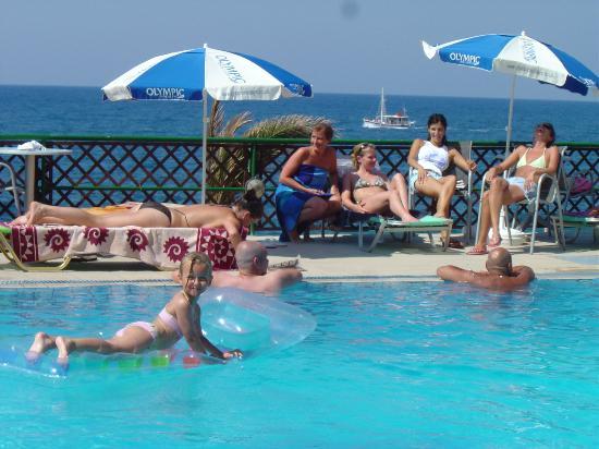 Koutrakis Villas: Swimming Pool