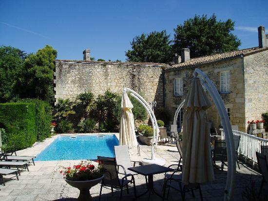 Hotel Palais Cardinal: The pool