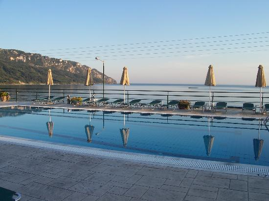 Hotel Costas Golden Beach: The beautiful pool