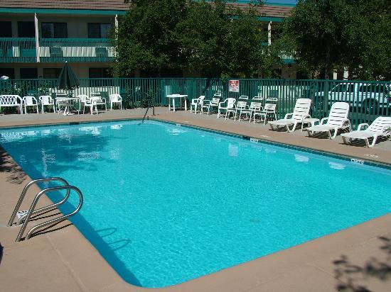 Quality Inn - Flagstaff / East Lucky Lane: Pool