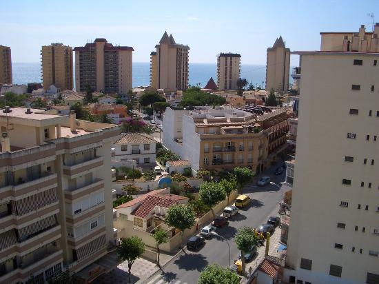 Aparthotel Veramar Malaga: Balcony View 1