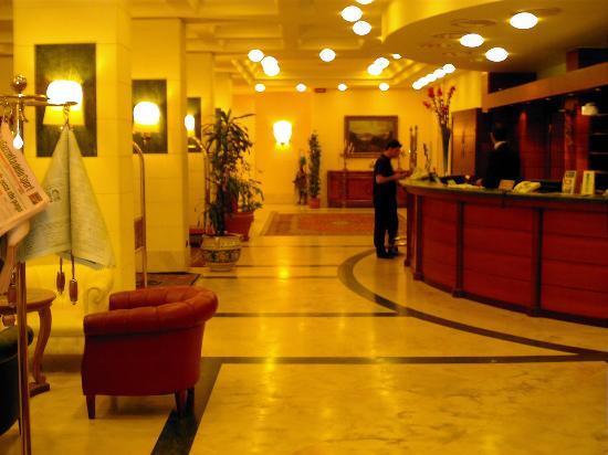 Hotel Nettuno: réception de l'hôtel