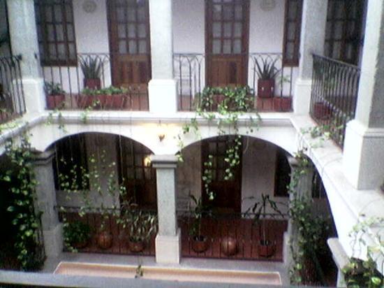Casa de la Tia Tere: Small patio