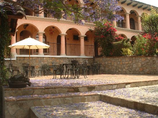 Hotel Rincon del Arco: patio