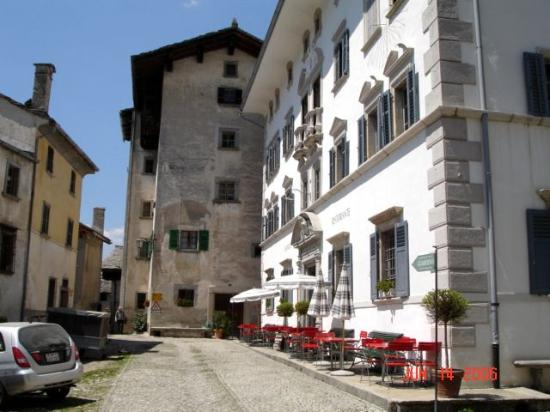 Soglio, Switzerland: Hotel from outside