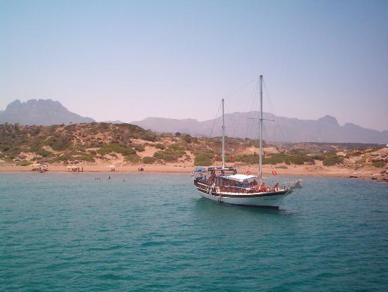 Kyrenia, قبرص: Kyrenia from the sea