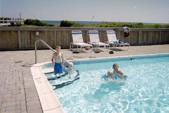 Atlantic Beach Nc Enjoying The Pool At Southwinds Condos
