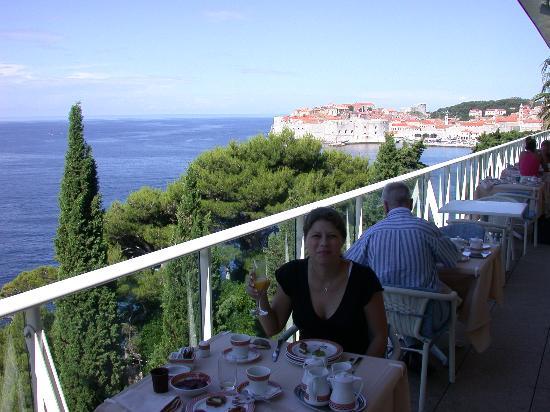 Grand Villa Argentina: Breakfast