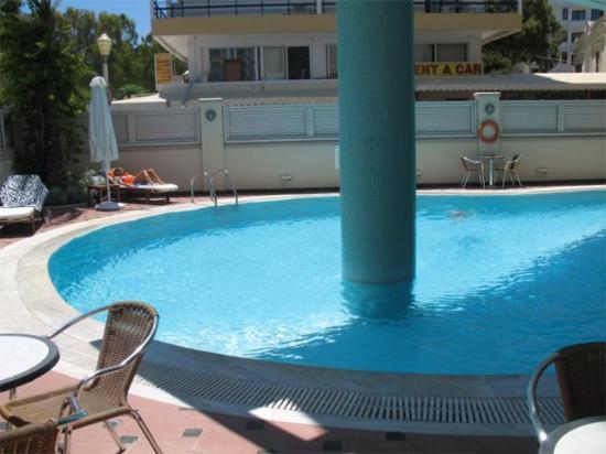 Hotel Mediterranean: Pool view