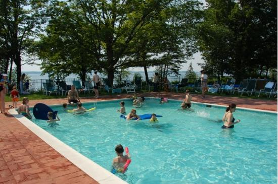 Tyler Place Family Resort: The Outdoor Pool
