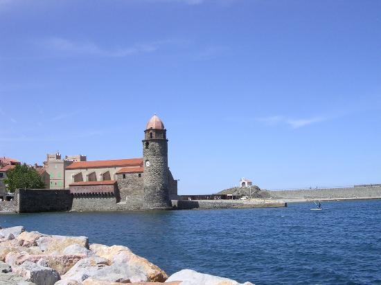 Hotel-Restaurant les Templiers: Collioure harbor