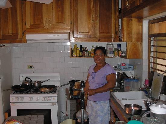 Coral Cove Resort: Real Jamiacan cooking