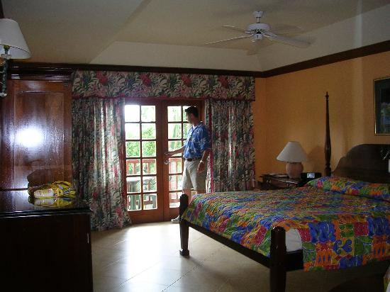 Beaches Negril Resort & Spa : the room