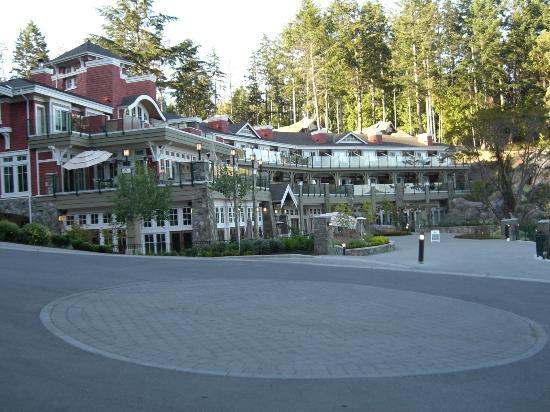 Poets Cove Resort & Spa: The Lodge