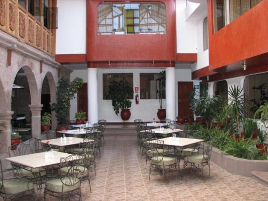 Terra Andina Colonial Mansion Interior Dinintg