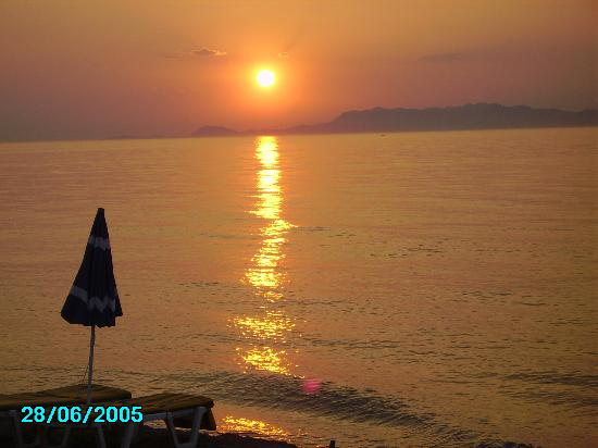 Electra Palace Rhodes: sunset on the gean