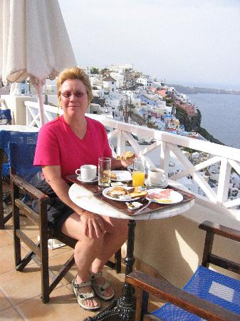 Villa Ilias Caldera Hotel: Breakfast