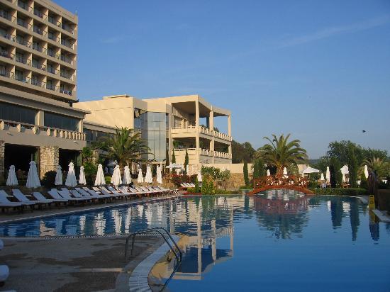 Sani Beach: Pool at the Hotel
