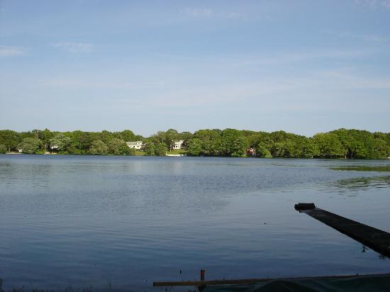 Sail Inn: A view of Long Pond