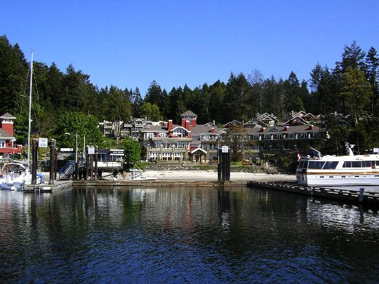 Poets Cove Resort & Spa: Bedwell Harbour and Poet's Cove Resort