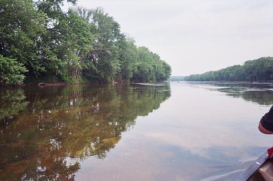 The Inn at Sugar Hollow Farm : Canoeing on the James