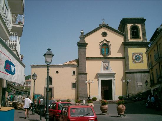 Hotel Sant'Agata: church in sant agata square