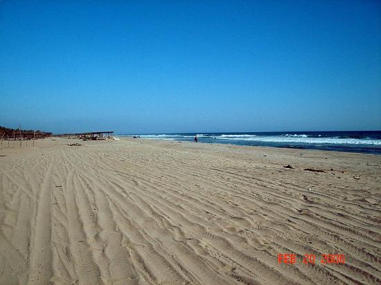 Barra Vieja Beach: ...and not many here either
