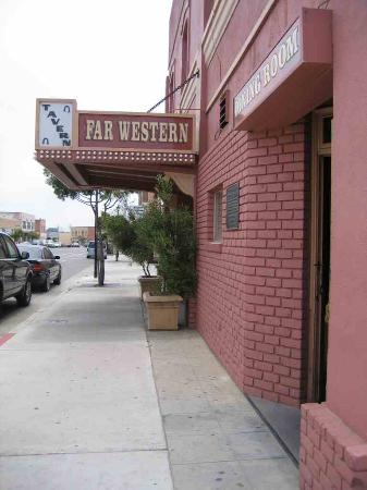 Far Western Tavern Photo