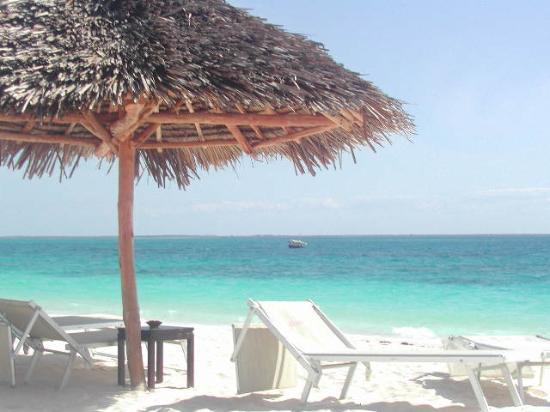 Diamonds La Gemma dell' Est: The beach!