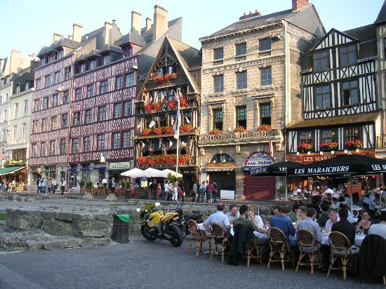 Place du Vieux-Marche