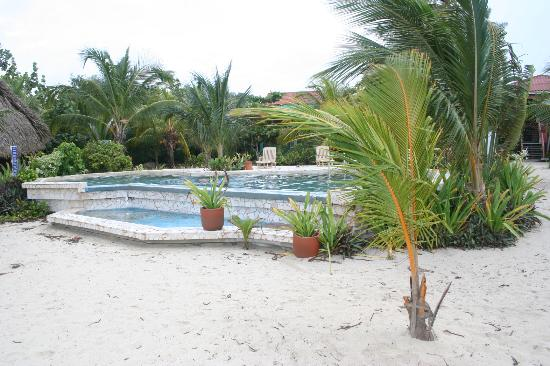 Los Porticos Villas: BEACH POOL