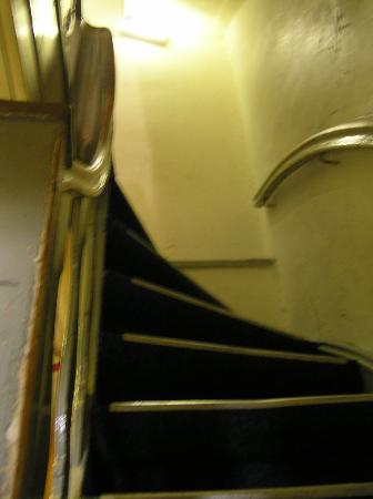 Tourist Inn: stairs