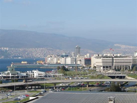 Best Western Plus Hotel Konak : View of Izmir from Hotel