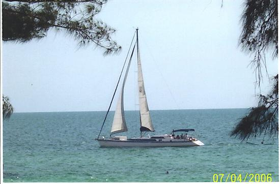 Bird's Nest Apts: view of sailboat on the water