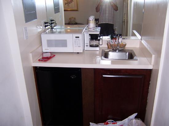 Mini Kitchen Picture Of Salisbury Hotel New York City Tripadvisor