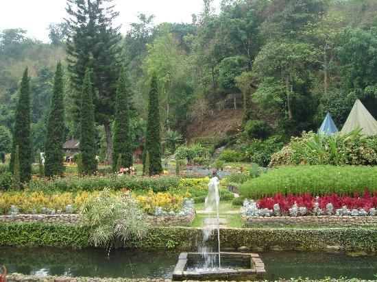 Hang Dong, Thailand: View of the gardens