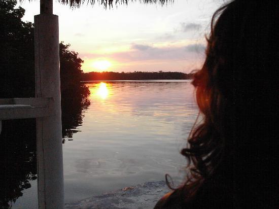 Kon-Tiki Resort: Sun Set view from the dock