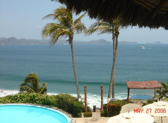 Punta Serena: Restaurant balcony view of the bay