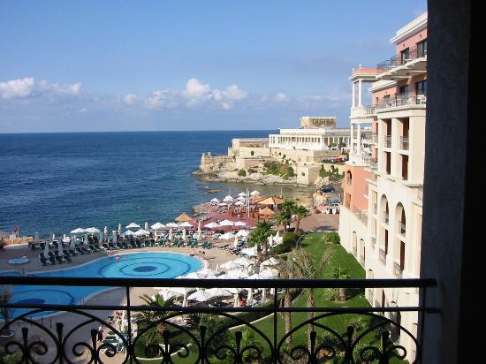 The Westin Dragonara Resort, Malta: View from another bedroom