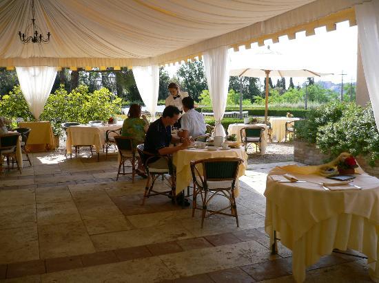 Hotel La Collegiata: dining