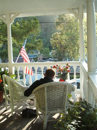 Inn at Occidental : Relaxing on the veranda with a glass of wine & a book