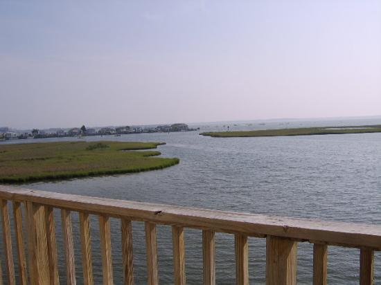 Lighthouse Club Hotel an Inn at Fager's Island: view from balcony