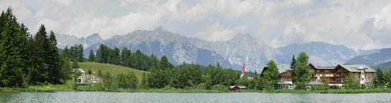 Hotel Seespitz-Zeit: View of hotel and surrounding area from the lake.