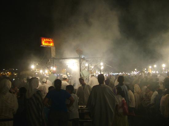 Riad des Arts: The food stalls at Jemaa-el-Fna square