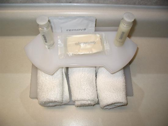 Eureka Holiday Hotel: Bath Amenities