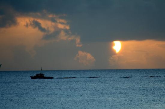 Sandy Lane Hotel: Sailing away into a Sandy Lane sunset